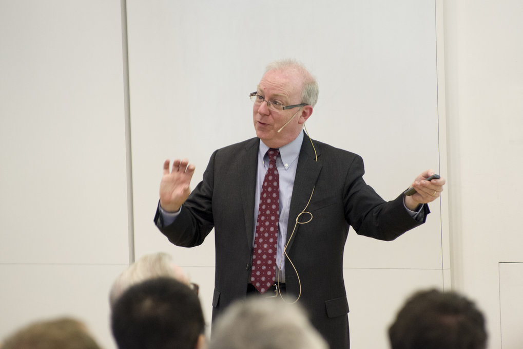 Charles Kane Gives Lüst Lecture At Mpsd Max Planck